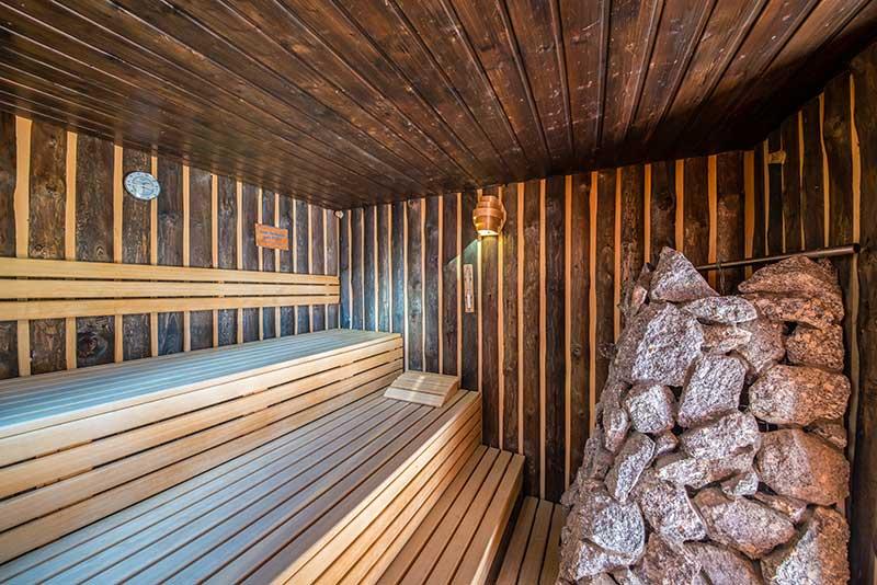 Zimmerei Hasenfratz - Referenzen - Black Forest Sauna
