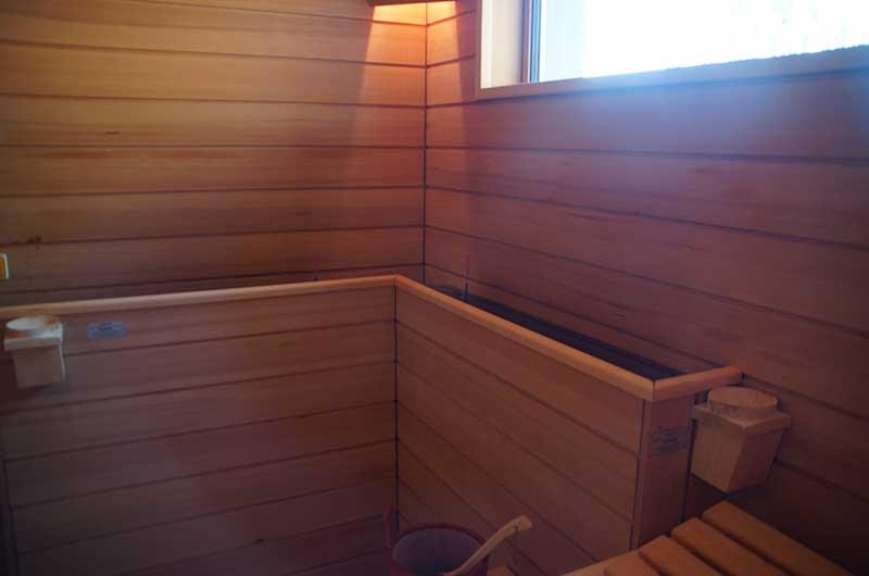 Zimmerei Hasenfratz - Referenzen - Bio-Sauna mit Verdampfer