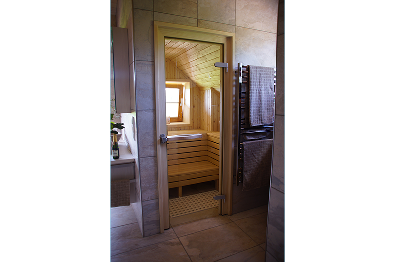 Sauna passend zum Badezimmer - Zimmerei und Saunabau Hasenfratz