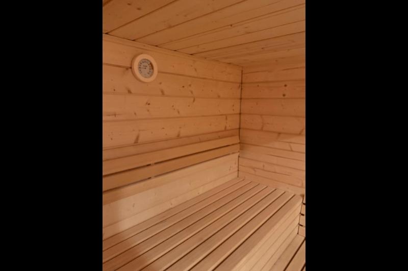 Sauna Fichte und Zirbelpaneel